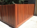 mako-fencing-vertical-picket-exposed-post-merbau-hardwood