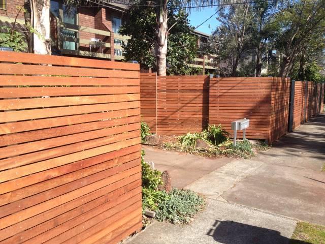 Slat Fences Mako Fencing Amp Gates